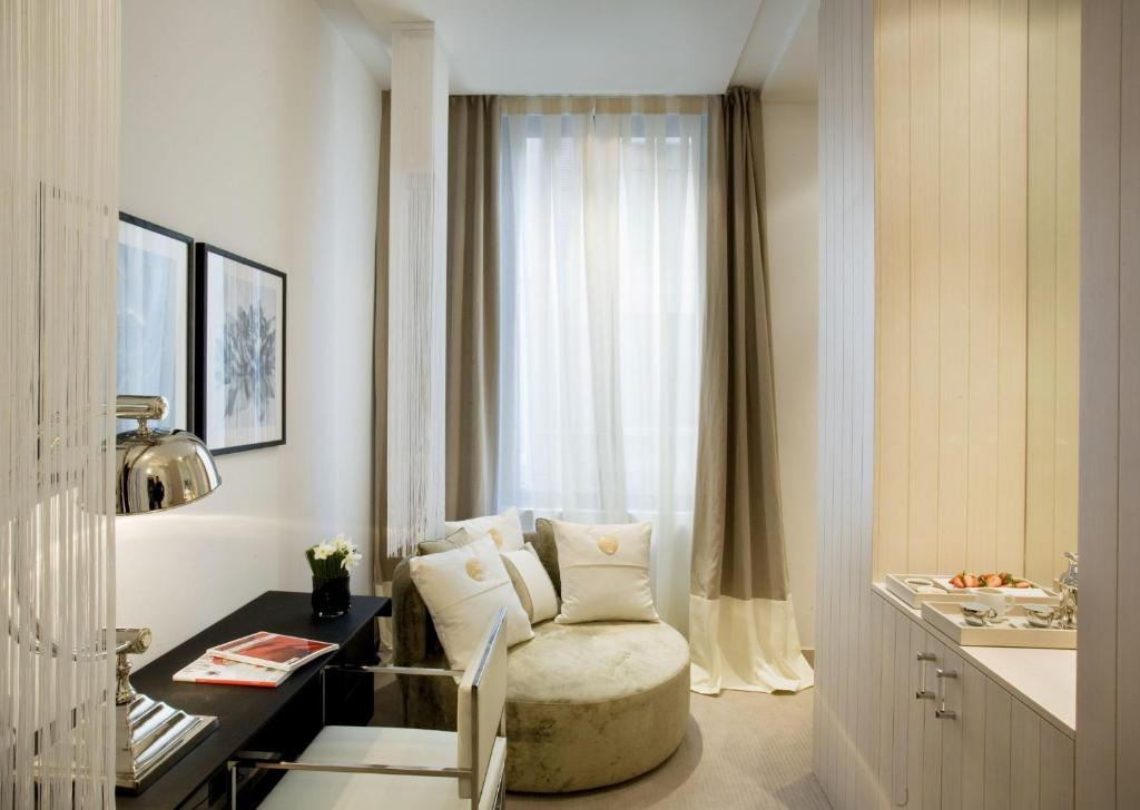 boutique hotels barcelona  100