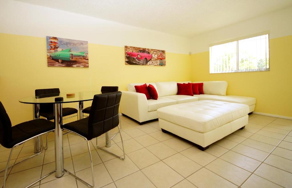 Apartment Beach Magic Fort Myers Beach Fl Bookingcom