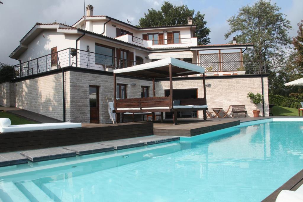 Appartamento con piscina colle farnese italy - Appartamenti in montagna con piscina ...