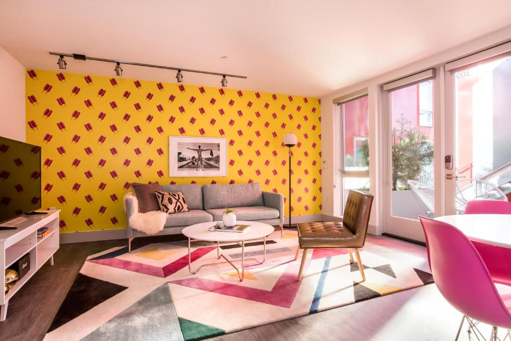 Condo Hotel Artsy Hillcrest Suites by Sonder, San Diego, CA