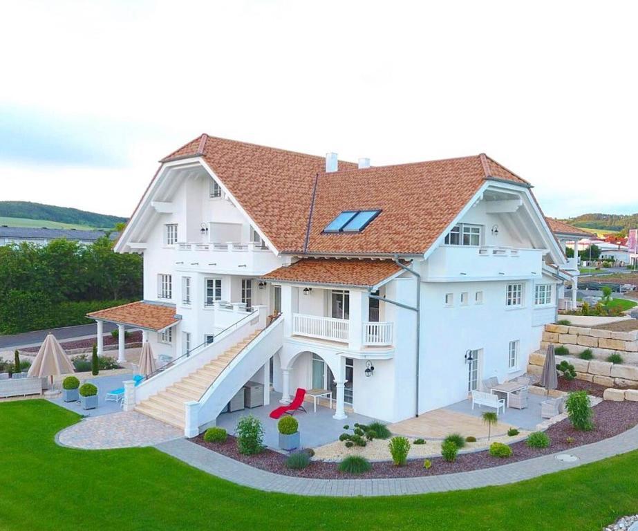 Maison d\'Ailleurs - Yverdon-les-Bains Region Jura Lac (Schweiz)