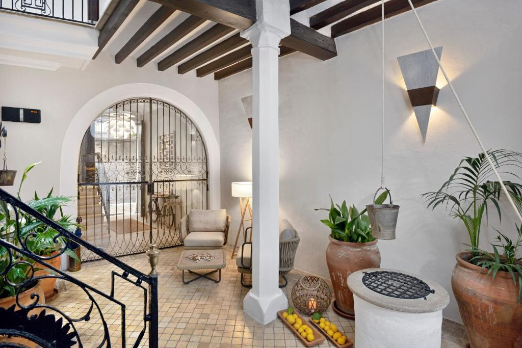boutique hotels in palma de mallorca  49