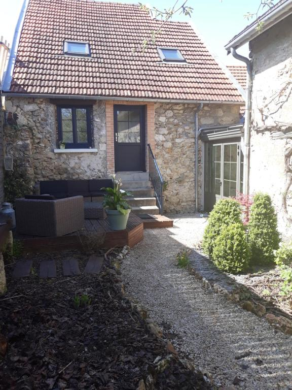 Apartments In Reuilly-sauvigny Picardy
