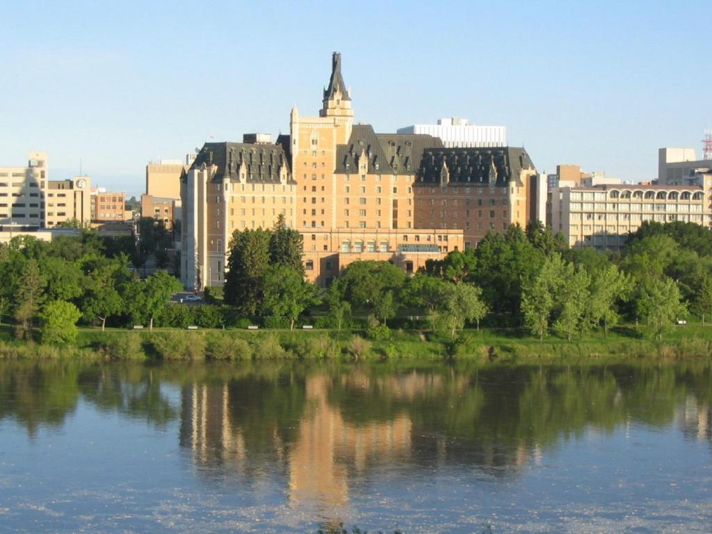dating places in saskatoon