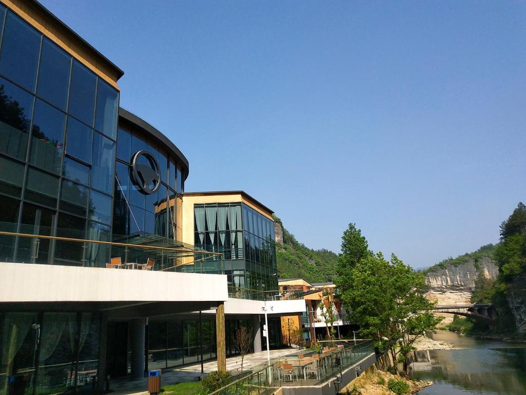 Zhangjiajie RoadSun Motel