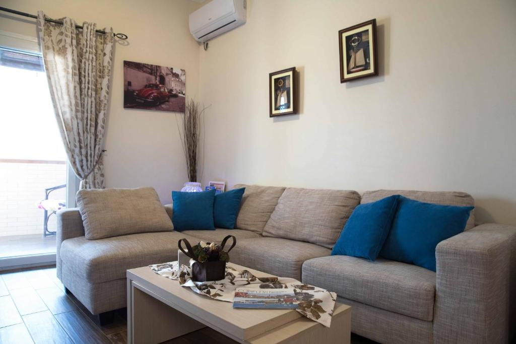 Ferienwohnung Melina Bay House Griechenland Pelekas Booking Adorable House Of Turquoise Living Room