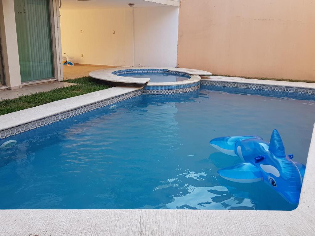 Casa con alberca para 20 personas veracruz precios for Precio construir piscina