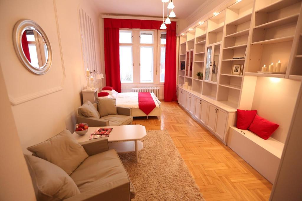 d five classic luxury apartment budapest hungary booking com rh booking com