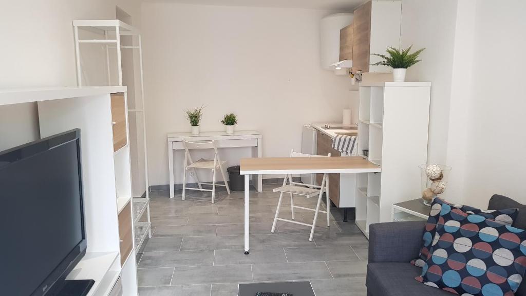 Apartments In Rieumajou Midi-pyrénées