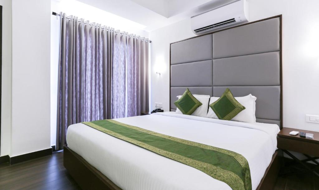 hotel treebo crown suites cochin india booking com rh booking com