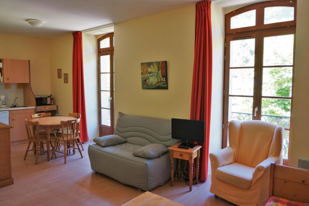 Apartments In Rivèrenert Midi-pyrénées