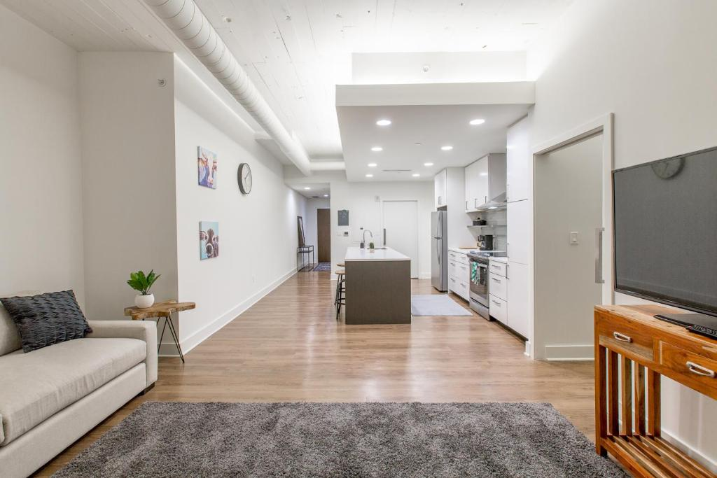 apartment city loft downtown cleveland oh booking com