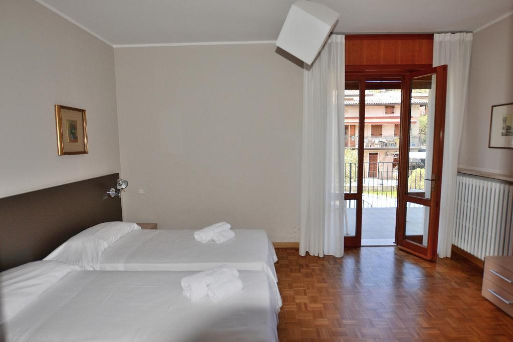 Villa Ca\' Le Terrazze, Garda, Italy - Booking.com