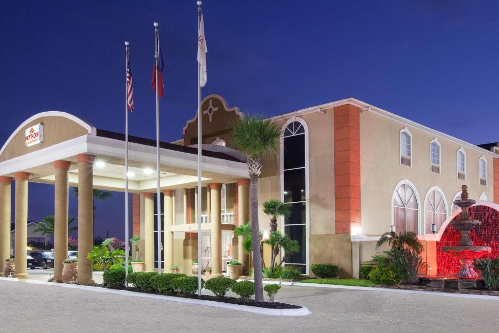 hotel hawthorn suites wyndham corpus christi tx. Black Bedroom Furniture Sets. Home Design Ideas