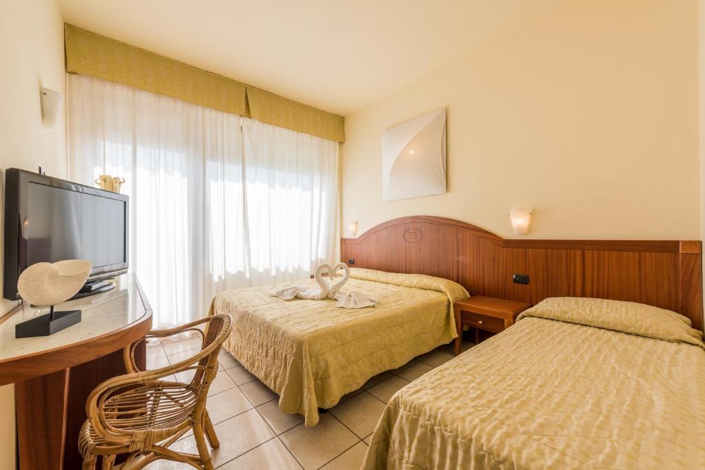 Hotel Bellevue Beach Italien Milano Marittima Booking Com