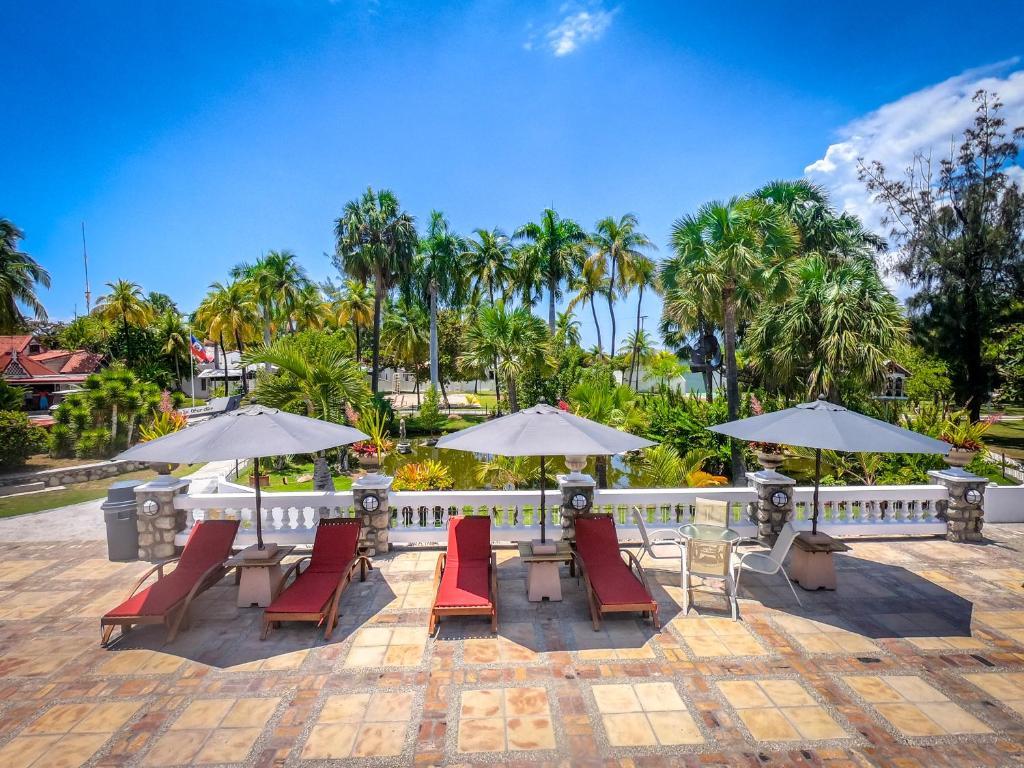 Moulin Sur Mer Beach Resort