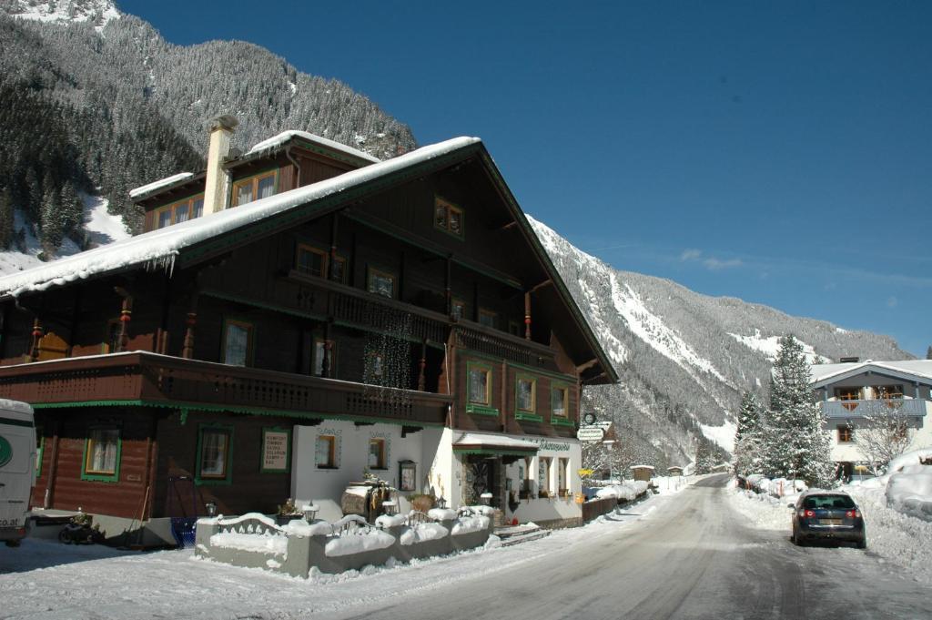 Hotel Gasthaus Schwarzenstein en invierno