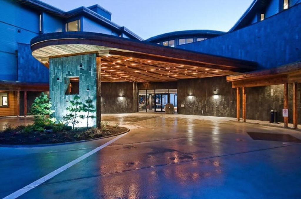 Black Rock Ocean Resort Ucluelet Canada Bookingcom