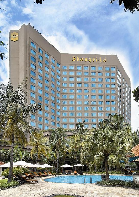 シャングリラ ホテル スラバヤ(Shangri-la Hotel Surabaya)