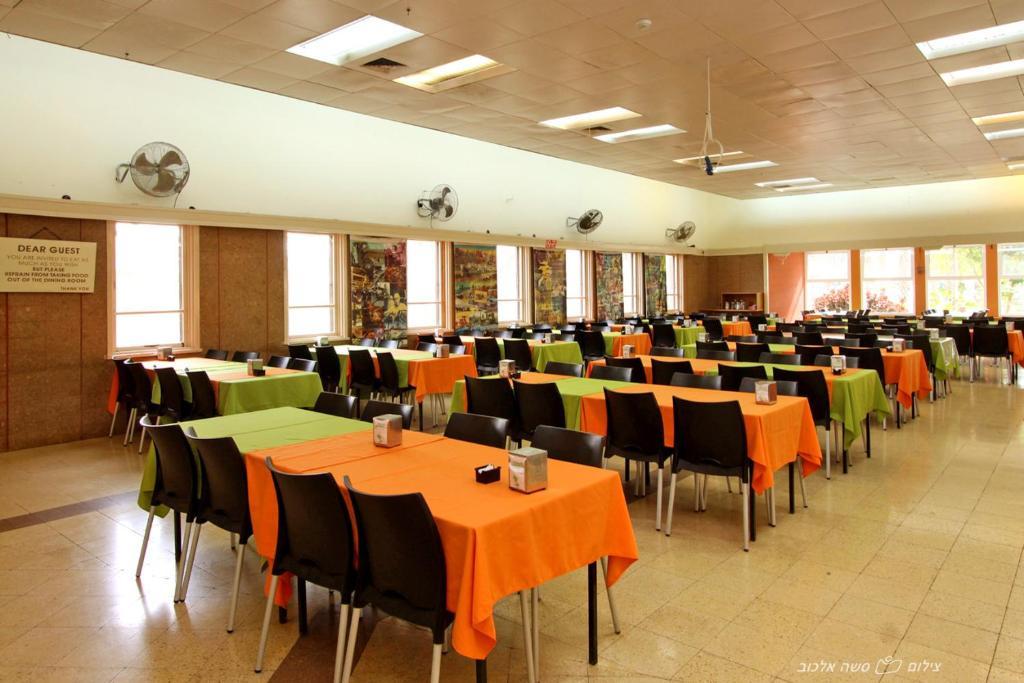 Degania Bet Kibbutz Hotel Galilee - image 4