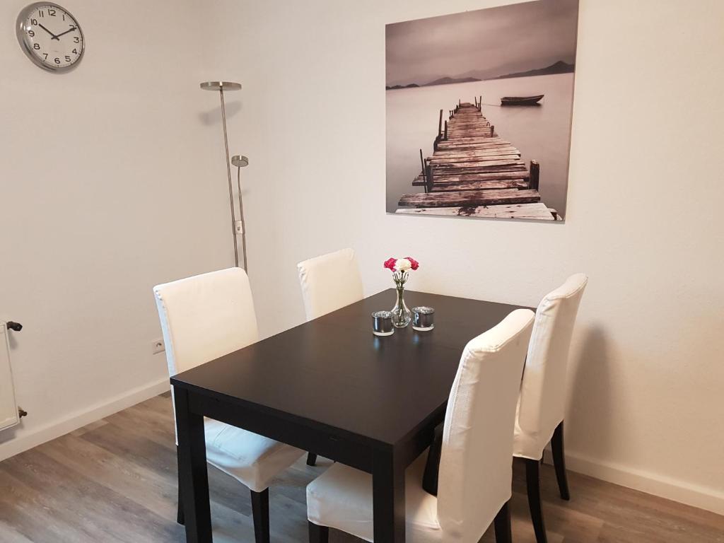 kleine wohnu, apartment ruhige wohnung in gelsenkirchen, germany - booking, Design ideen