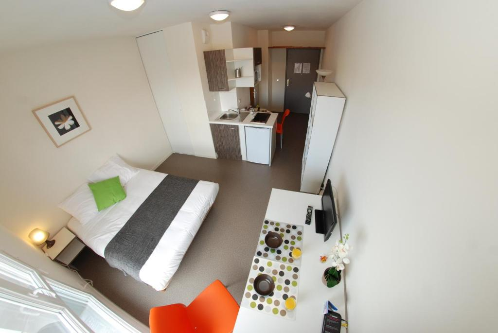 Condo Hotel Apt Lyon 7 Jean Jaurès, France - Booking.com