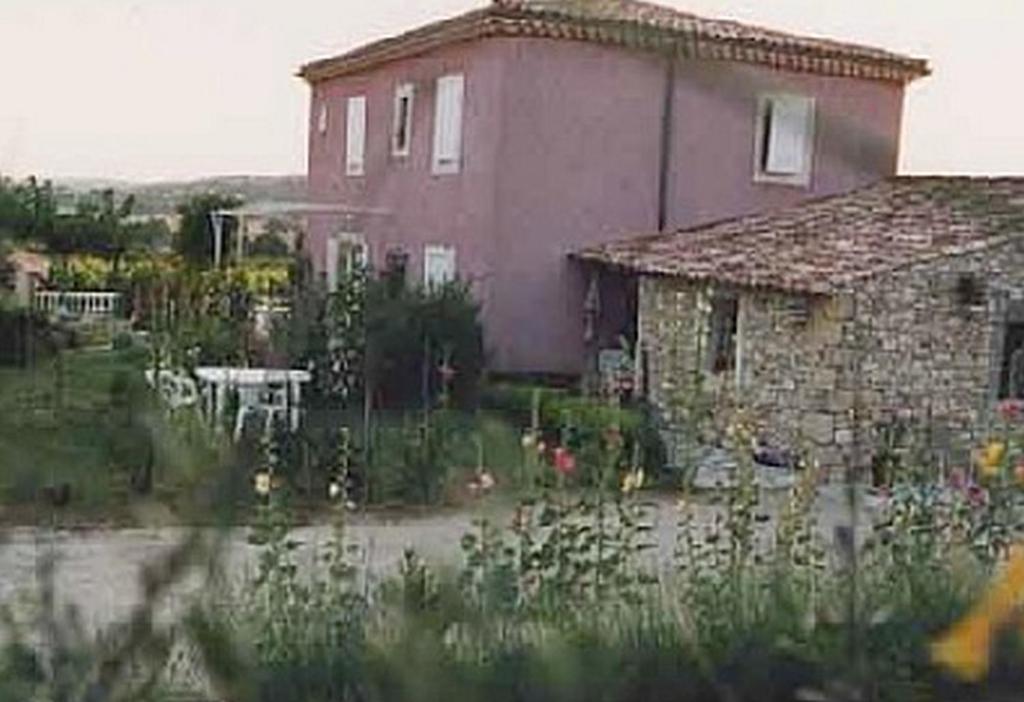 Apartments In Rustrel Provence-alpes-côte D