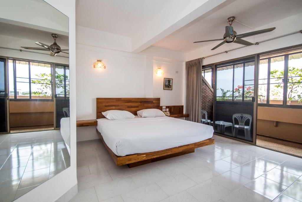 Bougainvillea Terrace House Kata Beach Updated 2018 Prices