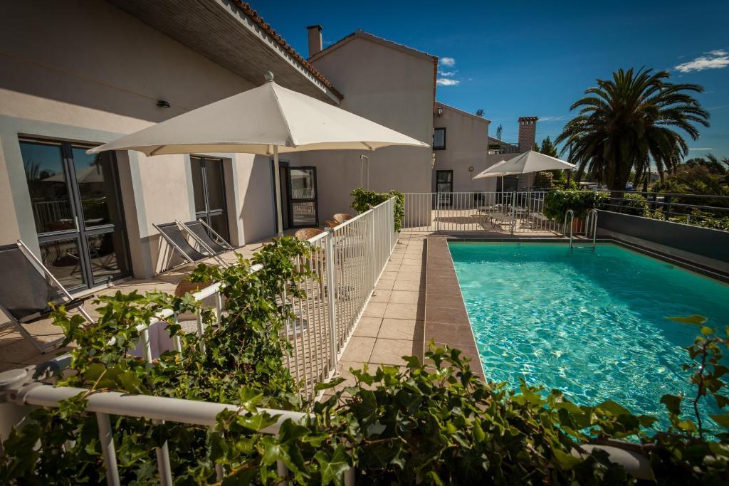 Hotel Canal Aigues Mortes AiguesMortes France Bookingcom