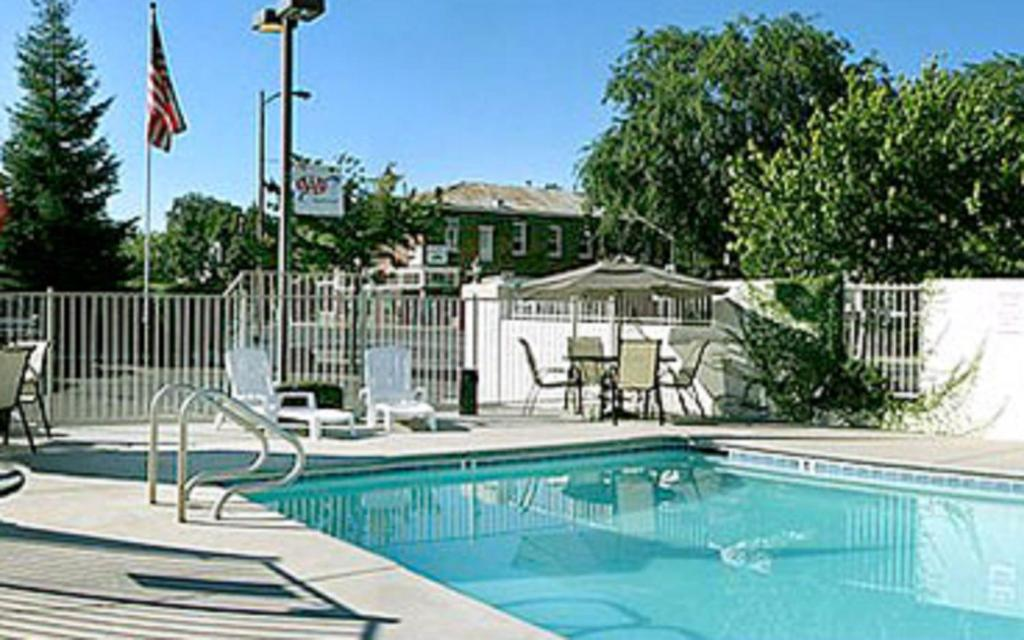 Heritage inn express chico ca booking gallery image of this property solutioingenieria Image collections
