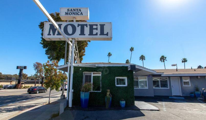 Santa Monica Motel Reserve Now Gallery Image Of This Property
