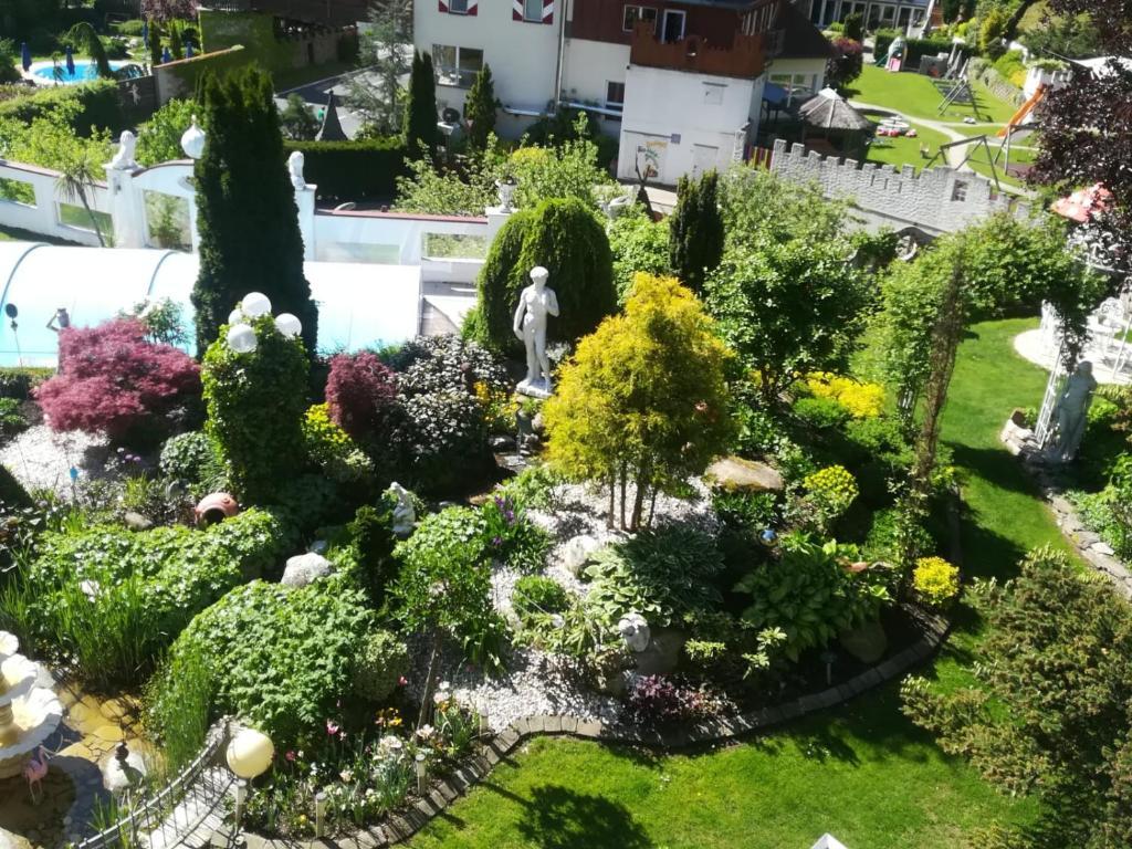 Ferienwohnungen Garten Eden Trebesing Austria Bookingcom