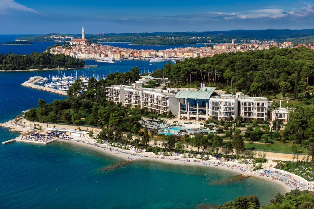 A bird's-eye view of Hotel Monte Mulini