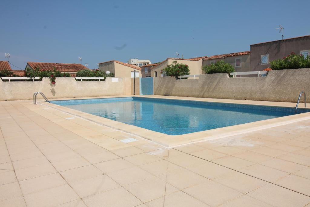 Pavillon 2 chambres avec piscine terrasse parking 2907 - Hotel narbonne plage avec piscine ...