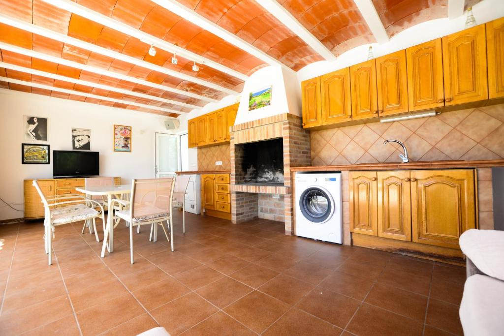 city relax massage ibiza private village