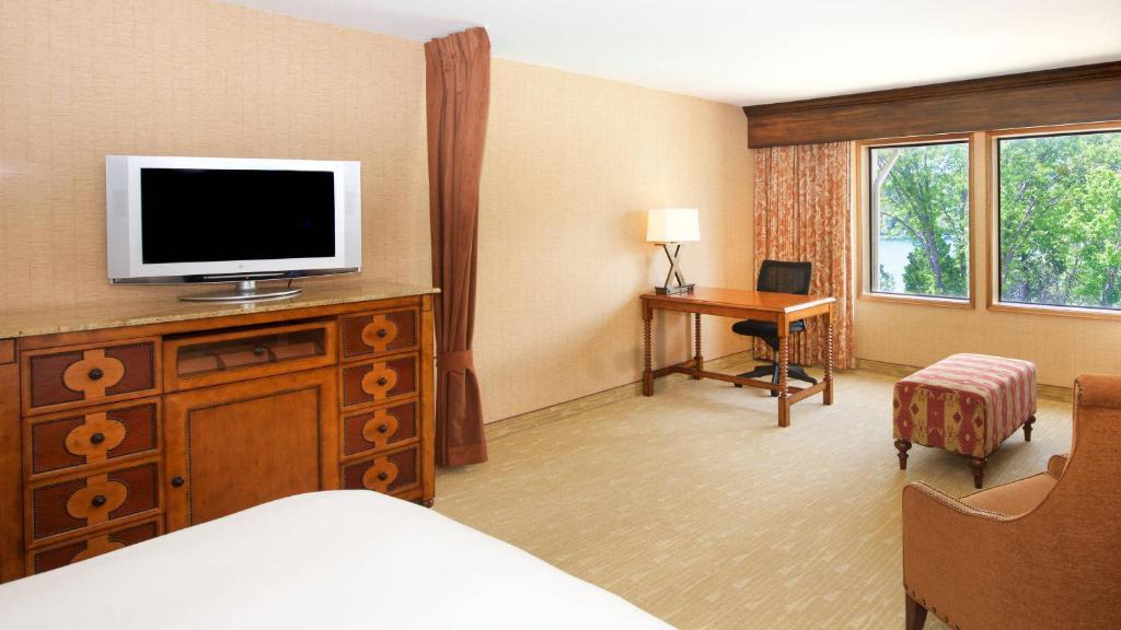 Lake Arrowhead Resort and Spa, CA - Booking com
