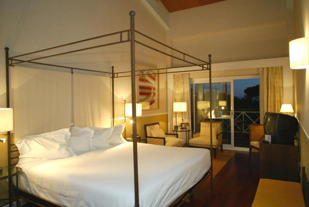 boutique hotels in huelva  101