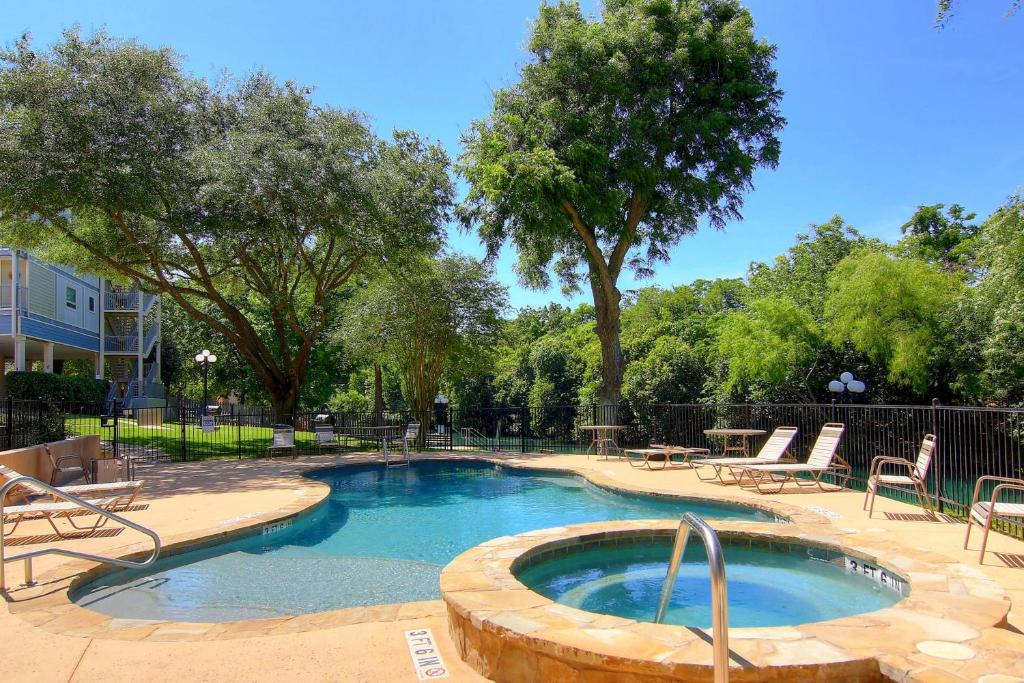Vacation Home Cabana On The Comal Rrc C116 New Braunfels