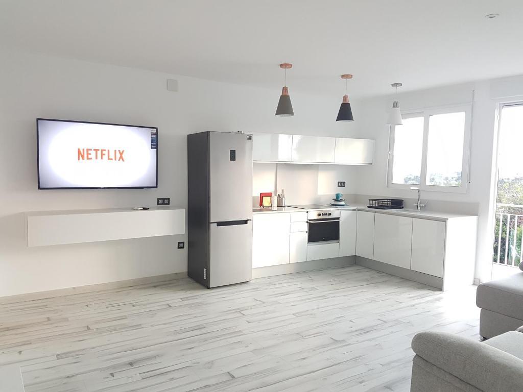 Apartment Luxury Beach House, Alicante, Spain - Booking.com