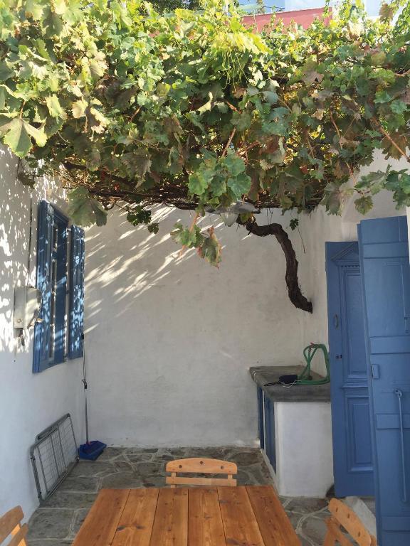 144005103 - Symi Greece