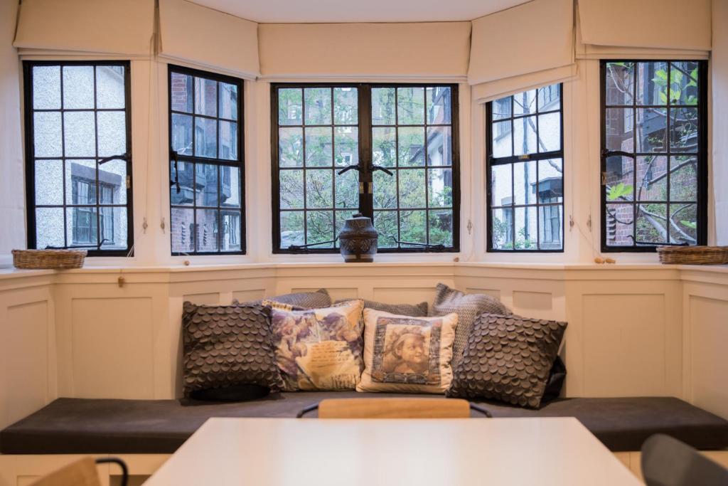 Der GüNstigste Preis Wohnzimmerschrank Kensington 5 Teile 2 Mit Glas Mobiliar & Interieur