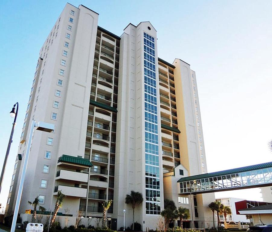 Myrtle Beach Apartments: Apartment Windy Hill Dunes 701, Myrtle Beach, SC