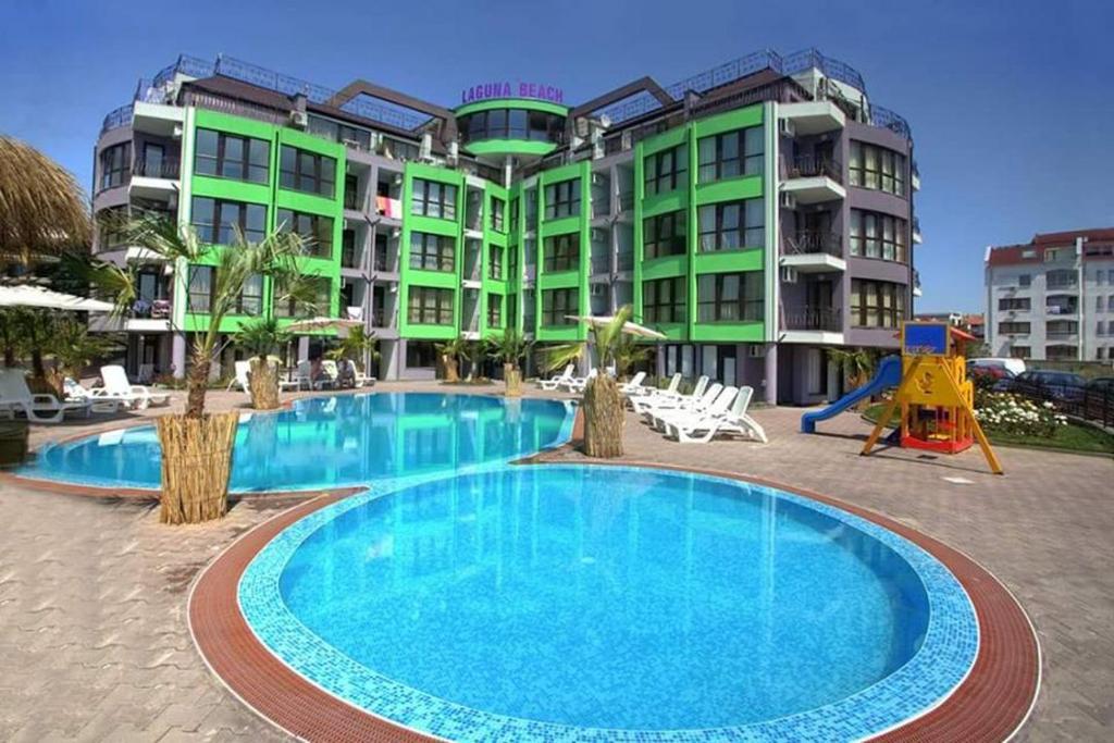 Апартамент Laguna Beach Апартаментs with Sea View - Равда