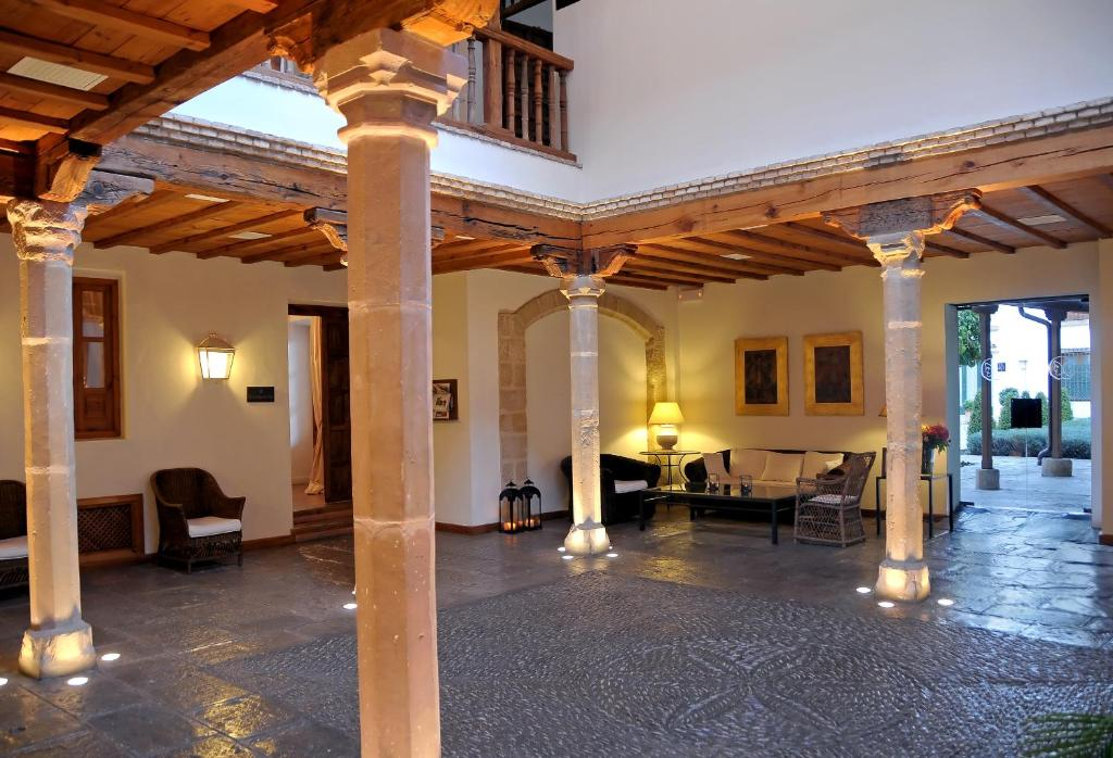 boutique hotels baeza  18