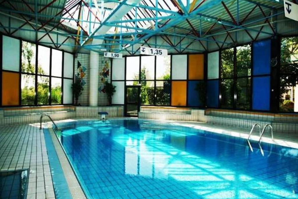 Saphir h tel france pontault combault - Pontault combault piscine ...