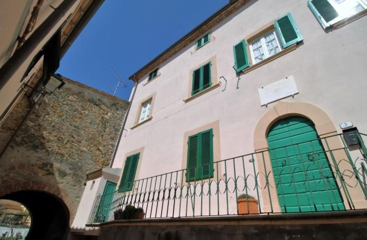 La Credenza Di Picasso Gabbro Livorno : Hause lavinia gabbro u prezzi aggiornati per il
