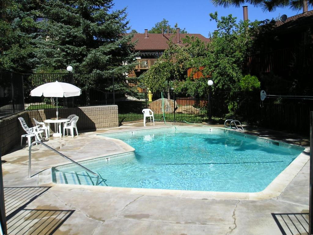 Vacation Home Four-Bedroom Specialty Townhouse Unit #52 by Snow ...