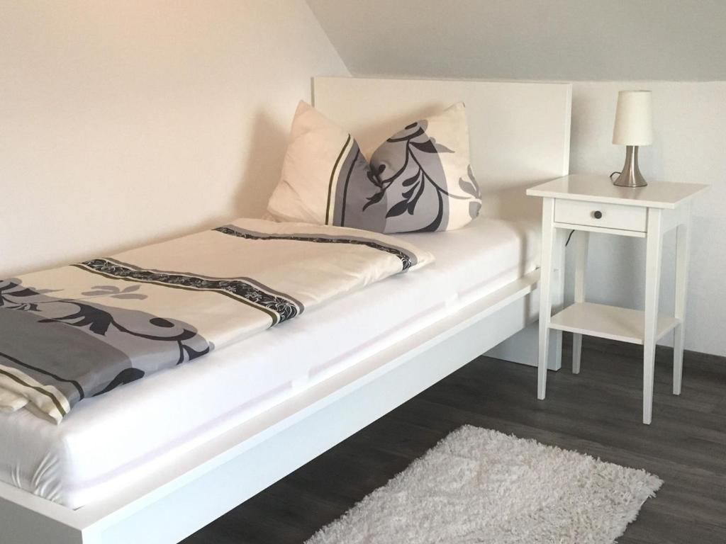 Apartment Ferienwohnung Bellevue, Staufenberg, Germany - Booking.com