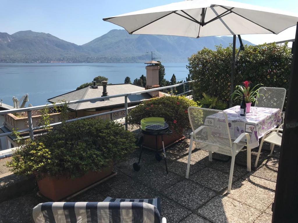 Dario appartamento in residence con piscina e campi da tennis ad oggebbio italy - Piscina hidron campi ...