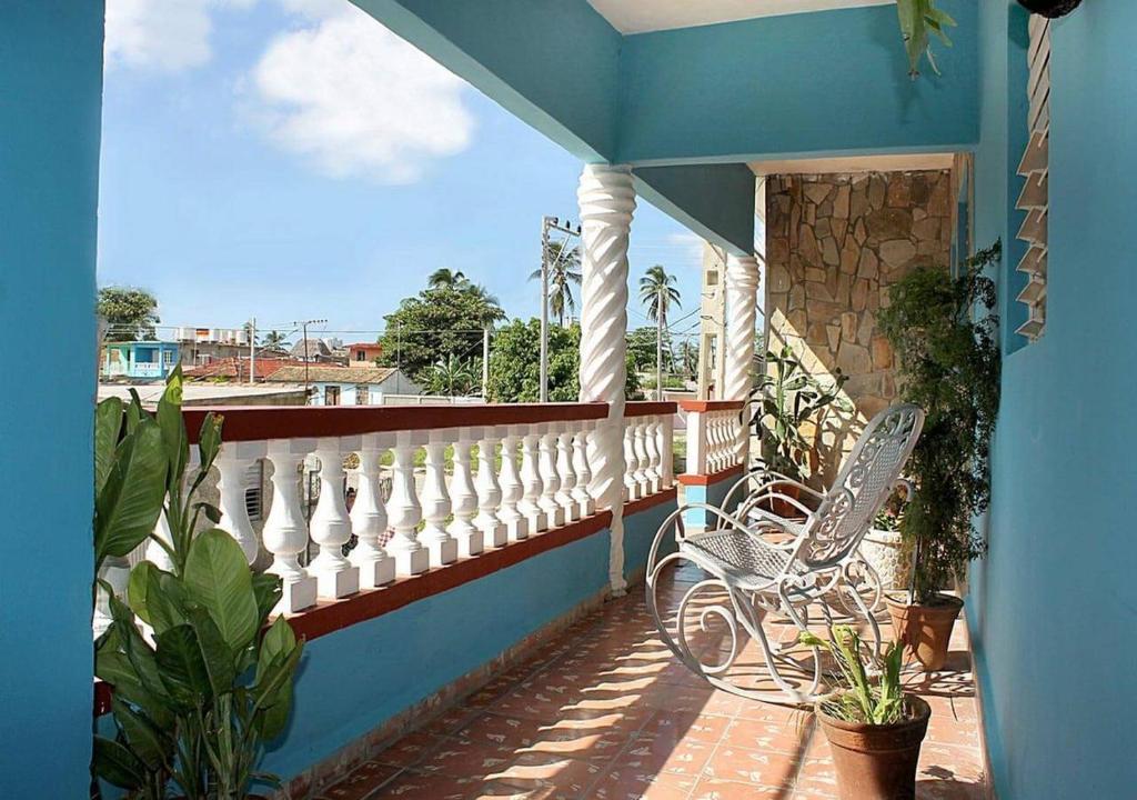 A balcony or terrace at Hostal Sirena del Mar, Casilda